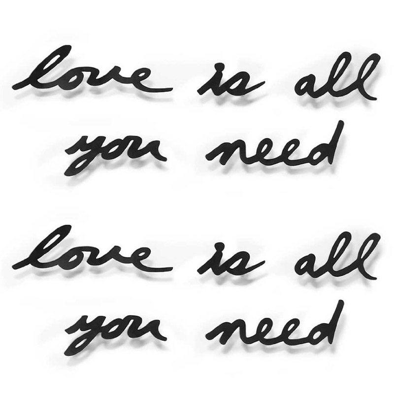 Декор для стен Love is all you need, 41х33 см, Металл, Umbra, Канада